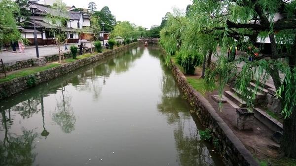 倉敷川を.jpg